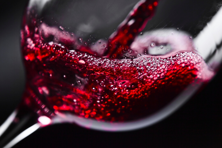 Drink More Wine! 10 Ways Red Wine Makes You Healthier