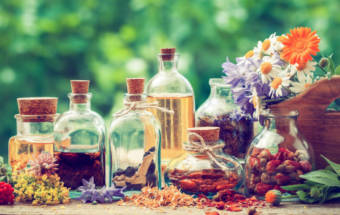 Try These Three Essential Oils For Seasonal Allergy Relief